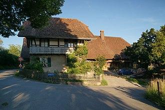 Köniz - Image: Bauernhaus, Herzwilstrasse 175, Ostansicht