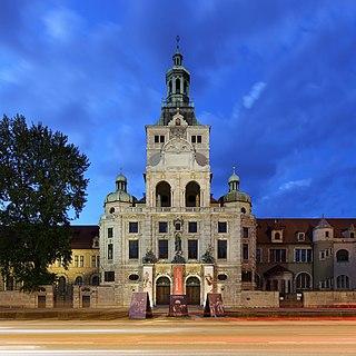 Musèum Nasional Bavaria di Munich, Jeureuman (rayek gamba: 3.306×3.306)