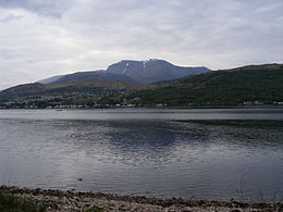 Ben Nevis e Fort William dal Loch Linnhe