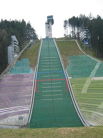 Bergisel Ski Jump - Image: Bergiselschanze 04