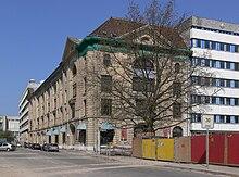 71b71d58b27733 Der einzig erhaltene Teil des ehemaligen Warenhaus Hertzog an der  Brüderstraße in Berlin-Mitte (2009)