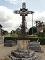 Betteville (Seine-Mar.) croix de cimetière.jpg
