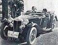 Betty Haig, victorieuse du Rallye Paris-Saint-Raphael Féminin en 1938, sur M.G.jpg