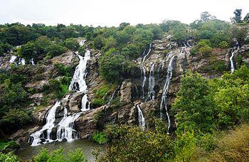 Bharachukkiwaterfall.jpg