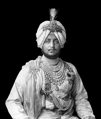 Patiala Necklace - Bhupinder Singh of Patiala in 1911