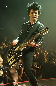 195px-Billie_Joe_Armstrong_-_Green_Day%2C_O2_Arena%2C_London_%28cropped%29.jpg