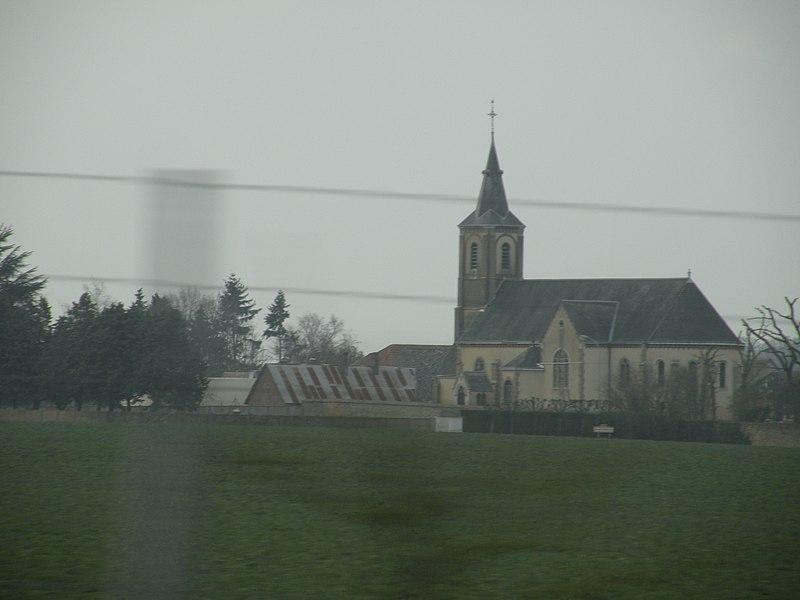 Blandainville vue depuis l'autoroute A11.