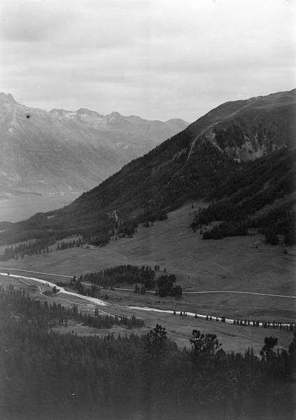 File:Blick ins Oberengadin - CH-BAR - 3241557.tif