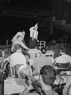 City of Glass (Stan Kenton album) - Bob Graettinger conducting while Stan Kenton and Pete Rugolo look on, late 1947