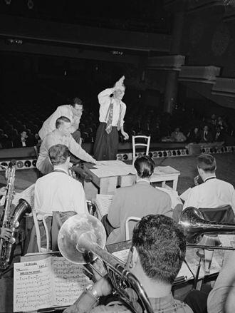 City of Glass (Stan Kenton album) - Bob Graettinger conducting while Stan Kenton and Pete Rugolo look on, late 1947