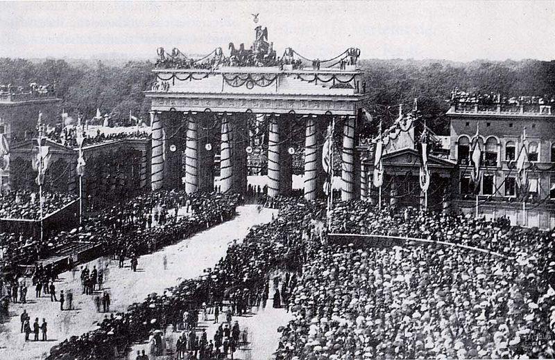 Datei:Brandenburger tor 1871.jpg