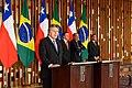 Brasil e Chile reforçam acordo de cooperação político-militar de defesa (43246316675).jpg