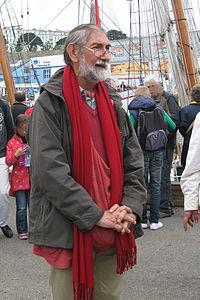 Brest 2012 Henry Kerisit sur les quais.jpg