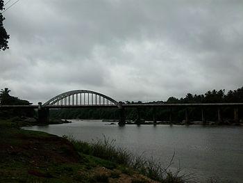 Bridge across river Tunga.jpg