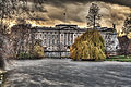 Buckingham Palace on a cloudy day.jpg