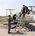 Bundesarchiv B 145 Bild-F027404-0005, Flugzeug F-104 Starfighter, JG 74 (cropped).jpg