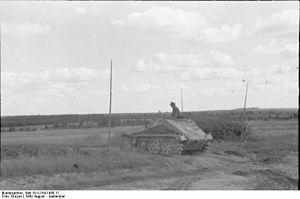 Sd.Kfz. 252 - Image: Bundesarchiv Bild 101I 154 1968 17, Russland, Schützenpanzer im Gelände