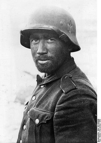 Tysk soldat i sommaruniform, Stalingrad 1942