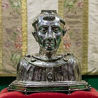 Buste reliquaire de Saint Suliac, Sizun, France.jpg