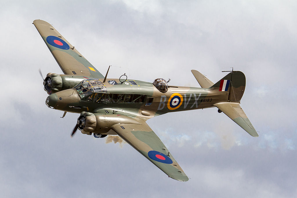 CF15 Avro Anson ZK-RRA 040415 01.jpg