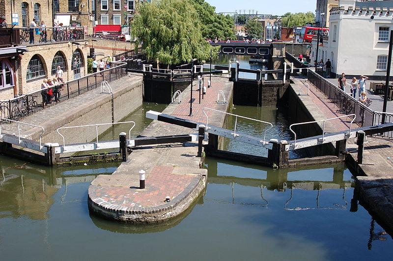 File:Camden Lock (1443766173).jpg