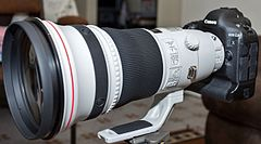 Canon EF 400mm f2.8L IS II USM lens.jpg