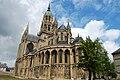 Cathédrale de Bayeux - extérieur, chevet.jpg