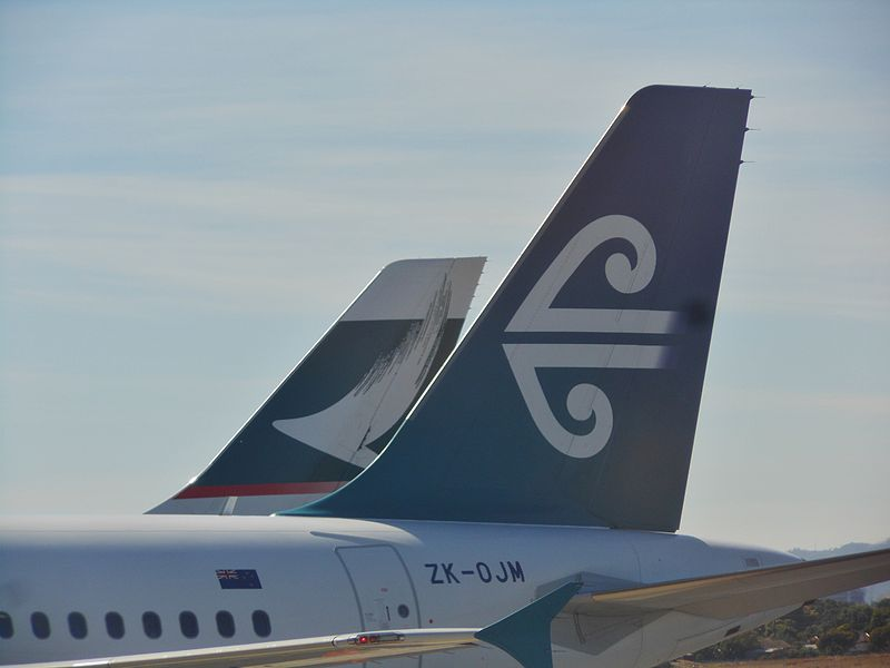 File:Cathay Pacific and Air New Zealand (8672330212).jpg
