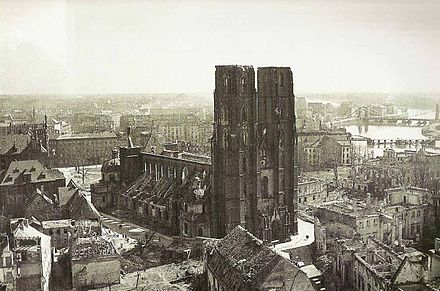 https://upload.wikimedia.org/wikipedia/commons/thumb/4/49/Cathedral_of_Wroclaw_1945.jpg/440px-Cathedral_of_Wroclaw_1945.jpg