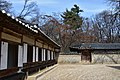 Changdeokgung Palace, Seoul, constructd in 1405 (57) (41115063071).jpg