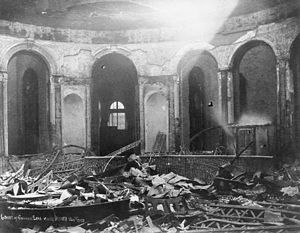 Cincinnati riots of 1884 - Image: Cincinnati Riots 1884 Courthouse after riot