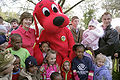 Clifford the Big Red Dog at the WhiteHouse Easter Egg Roll, 2007Apr09.jpg