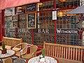 Coeur de Lion, Bath's smallest pub. - panoramio.jpg