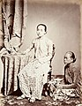 Collectie NMvWereldculturen, TM-60004961, Foto, 'Studioportret van Raden Ayu Danudirja en een onbekende bediende, Batavia', fotograaf toegeschreven aan Woodbury & Page, 1860-1872.jpg