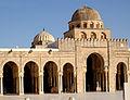 Cour de la grande Mosquée de Kairouan 05, juin 2013.jpg