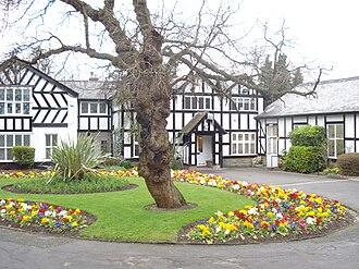 Sudbury, London - Crabbs House, Barham Park