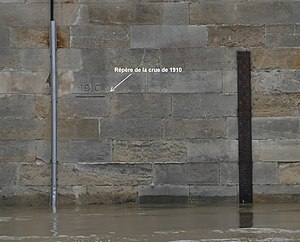 2016 European floods - Flood level of the Seine in Paris 2016 against the flood height of 1910