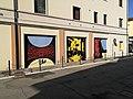 Custode Marcucci, dipinti di arte urbana dedicati al liutaio di Sant'Agata sul Santerno 1.jpg