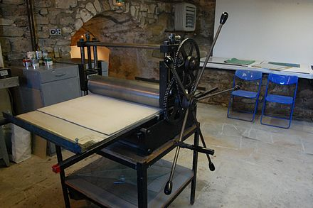 Cylinder press for printing etchings Cylinder press at SCAD-Lacoste in Vaucluse, France.jpg