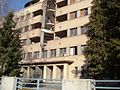D.Brašovan Ulazni deo zgrade KV u Zemunu.JPG