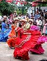 Danza folklore Perquin.jpg