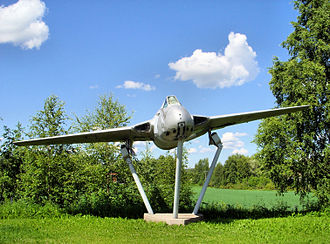 Tikkakoski - Image: De Havilland Vampire.20070703.ojp