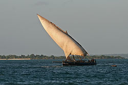 meaning of dhow