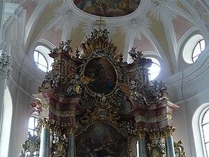 Donauwörth - Kloster Heilig Kreuz church, Decorations above the main altar.