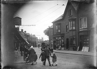 Donnybrook, Dublin - Donnybrook Road in 1927, with the spire of Donnybrook Church visible in the distance.