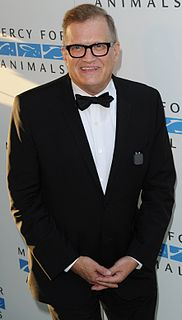 Drew Carey American actor, comedian, game show host, libertarian and photographer