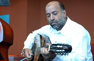Laouto - Evagoras Karageorgis from Cyprus playing a laouto.