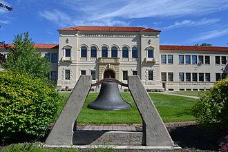 Eastern Oregon University - Inlow Hall