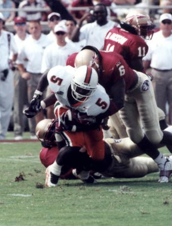Edgerrin James tackled Miami vs Florida State 1997-10-04 (cropped)