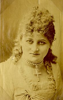 Edith M. Kingdon (1864-1921) circa 1885.jpg